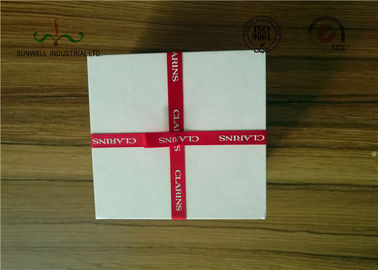 China Delicate Ribbon Bow Attached Color Cosmetic Packaging Boxes Square Shape factory